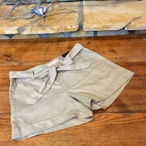 "Banana Republic Factory 4.5"" Shorts"